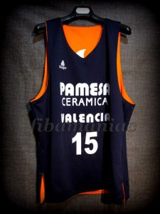2003 ULEB Cup Champions Valencia Basket Víctor Luengo Training Jersey – Reverse Front