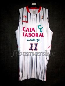 2010/2011 ACB Semifinals Baskonia Vitoria Dejan Musli Jersey Front - MW