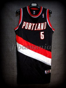 2009 NBA Slam Dunk Contest Portland Trail Blazers Rudy Fernández Jersey - Front