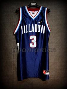1996/1997 Freshman Season Villanova Wildcats Tim Thomas Jersey - Front