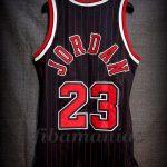 "1995/1996 ""72-10 Season"" Chicago Bulls Michael Jordan Alternative Jersey – Back"