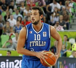 Marco Belinelli in action with the jersey