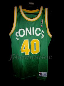 1989/1990 Rookie Season Seattle SuperSonics Shawn Kemp Jersey - Front
