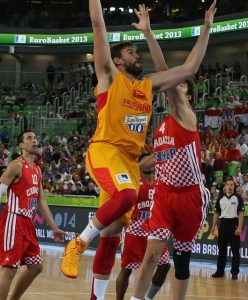 Marc Gasol in action with the jersey