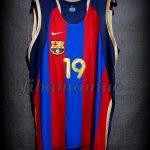 2002 Spanish King's Cup FCBarcelona Arturas Karnisovas Jersey - Front