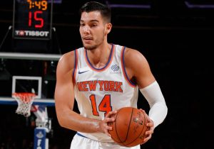 Willy Hernangómez in action with the Knicks
