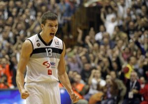 Bogdan in action with the jersey