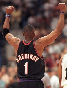 Penny Hardaway celebrating a playoff win in the Alamo Dome that season