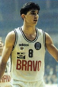 Peja in action with a similar jersey