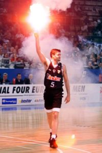 Danilovic during the 1999 Euroleague Final Four