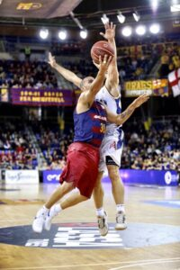 Arroyo in action with the jersey