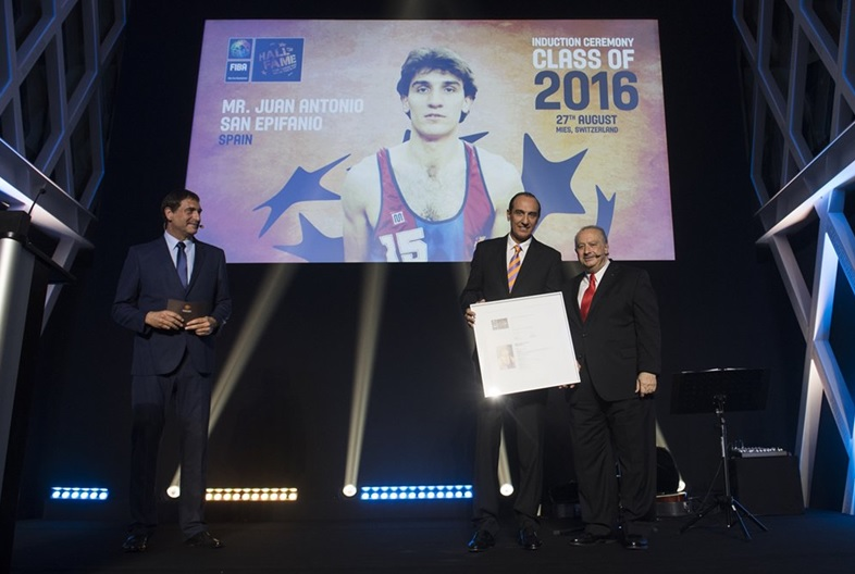 Epi was inducteed in the FIBA Hall of Fame in 2016
